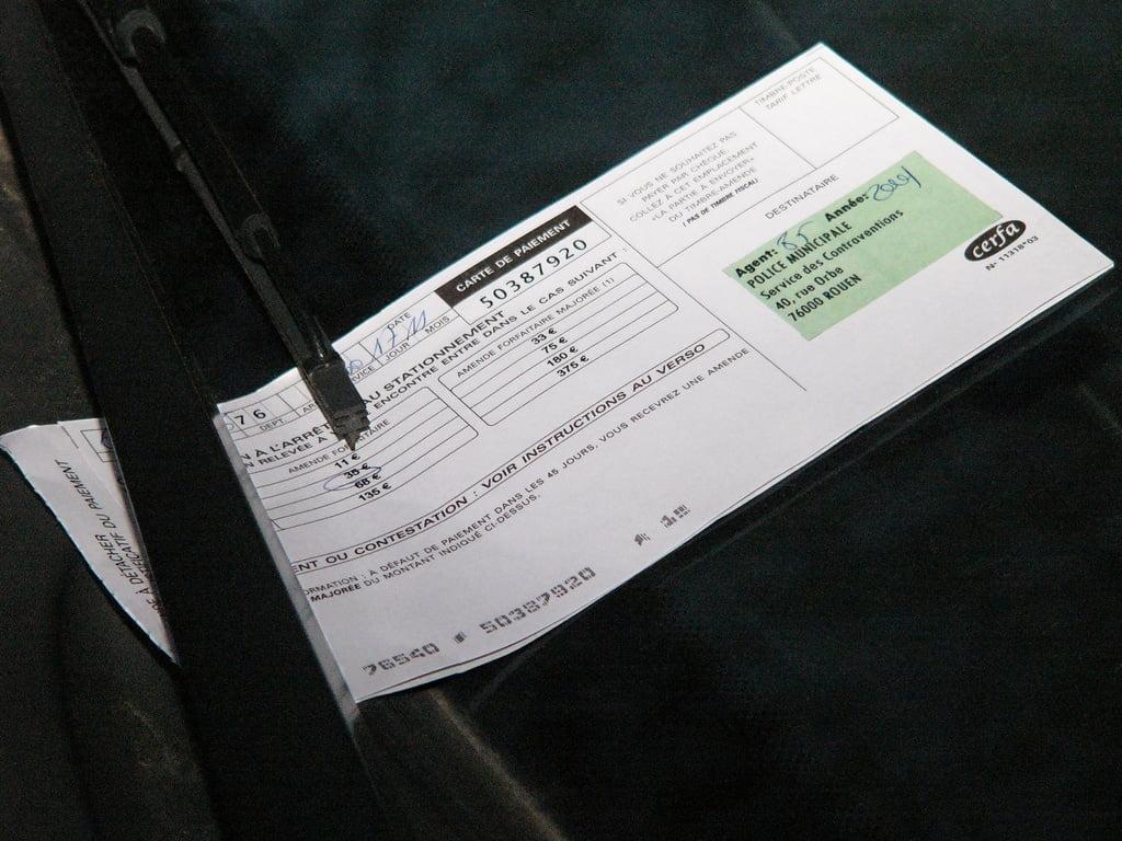 duree conserver papiers voiture