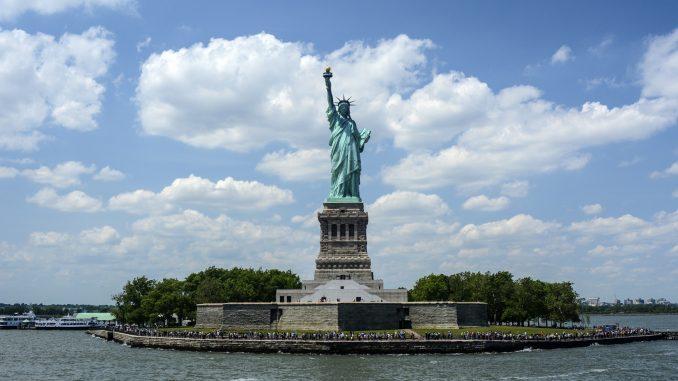 statue liberte taille